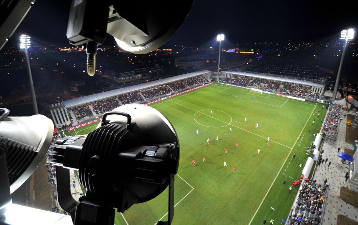 Glavno nogometno igrišče in atletski stadion na BONIFIKI, KOPER; 2010